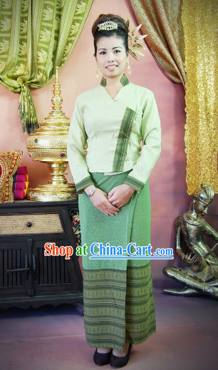 Traditional Thailand Clothing for Girls